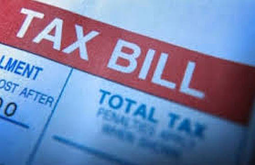It is better to work out a payment plan with the IRS rather than putting your tax bill on your credit card.