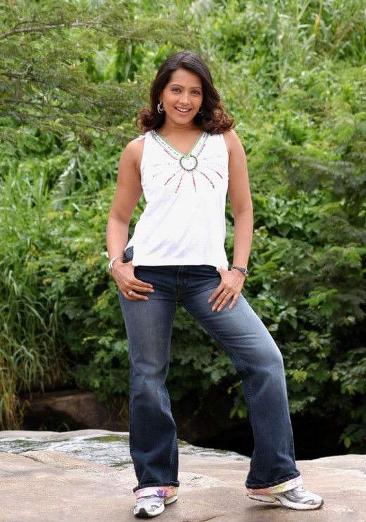 Most attractive women look hot in jeans to me but Ms. Naidu is not hot, she combustible
