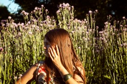 How to Reduce Anxiety Naturally Using Flowers