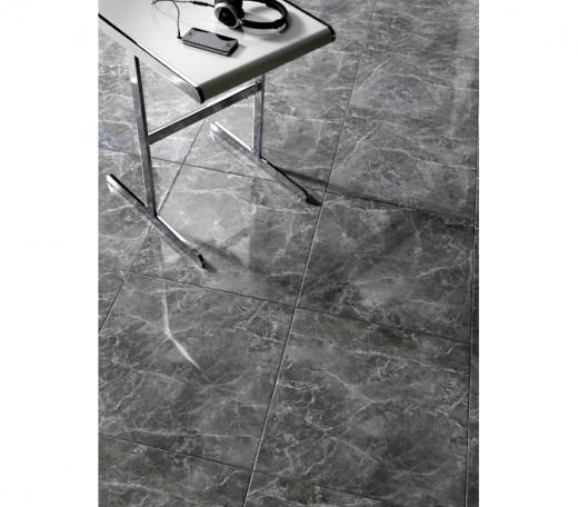 Glossy floor tile