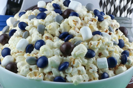 Blue and White Popcorn