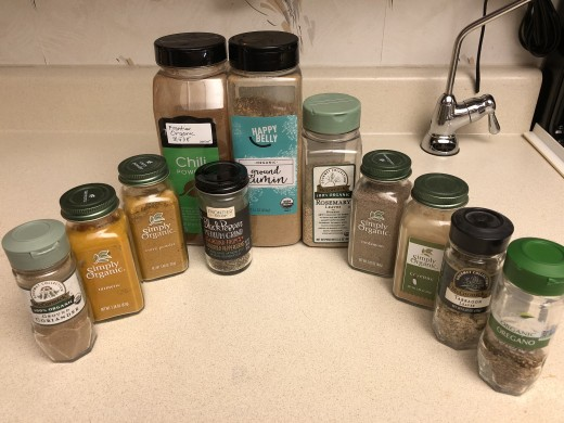 Coriander, turmeric, curry powder, chili powder, black pepper, cumin, rosemary, cardamom, cayenne pepper, tarragon, oregano
