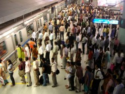 How to evade crowd and get a seat in metro in India