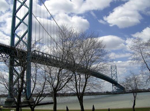 Another shot of Ambassador Bridge.