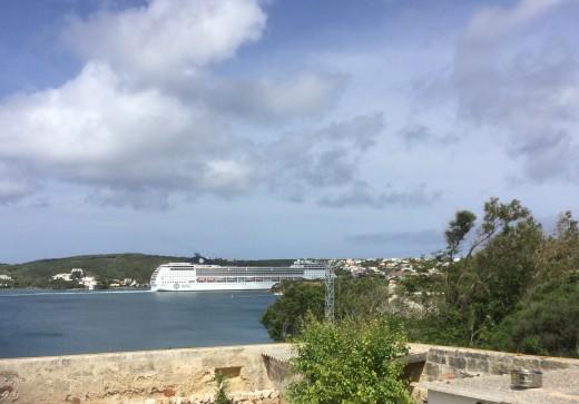 Cruise ship departing Menorca