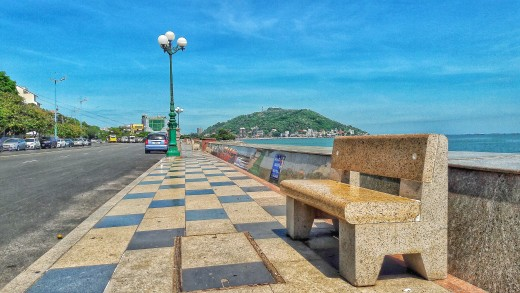 The granite-curbed pavement stretching along the sea best suits some joyful walk