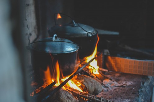 Delicious smells of home-cooking in dutch ovens