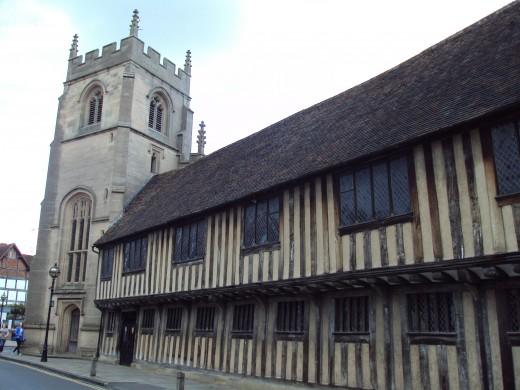 Guild Chapel and King Edward V! Grammar School in Stratford-upon-Avon