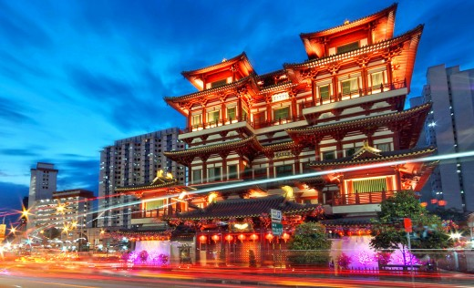The Buddha Tooth Relic Temple and Museum is terrifically atmospheric when illuminated at night.