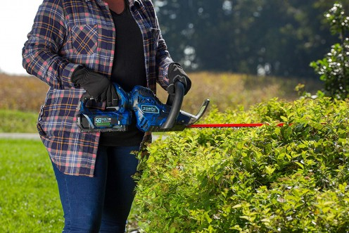 Best Hedge Trimmers of 2018: Corded, Cordless, and Gas