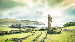 Easter Island : A Story of Self-Destruction