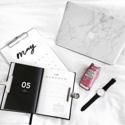 How to Get Organized Like a Girlboss