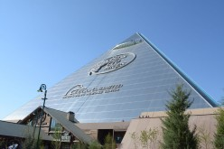 Memphis, Tennessee: A Visit to the Pyramid, Graceland, National Civil Rights Museum and Mud Island River Park