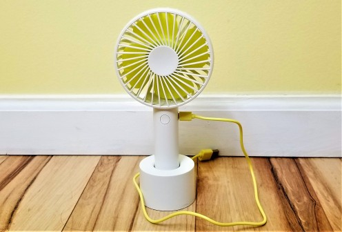 Review of Artifit N9 Mini Portable Fan: How to Cool off Quickly Without Power