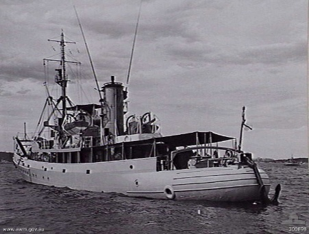After the 1939 WW2 HMAS Kookaburra, this 1956 Australia Build boomship was sheer luxury.  She was, of course, quiet a bit bigger.
