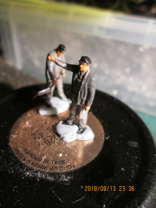 """(Model-U figures again - here's another locomotive crew, painted and ready for the roster. In their case it's aboard A H Peppercorn Class A1 60147 """"North Eastern"""" as below:"""