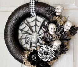 27 Best Halloween Wreaths to Make
