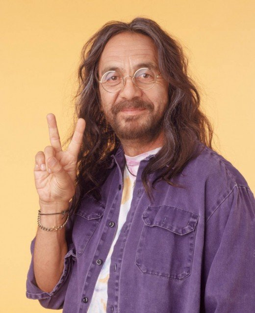 Tommy Chong as the loveable hippie Leo.