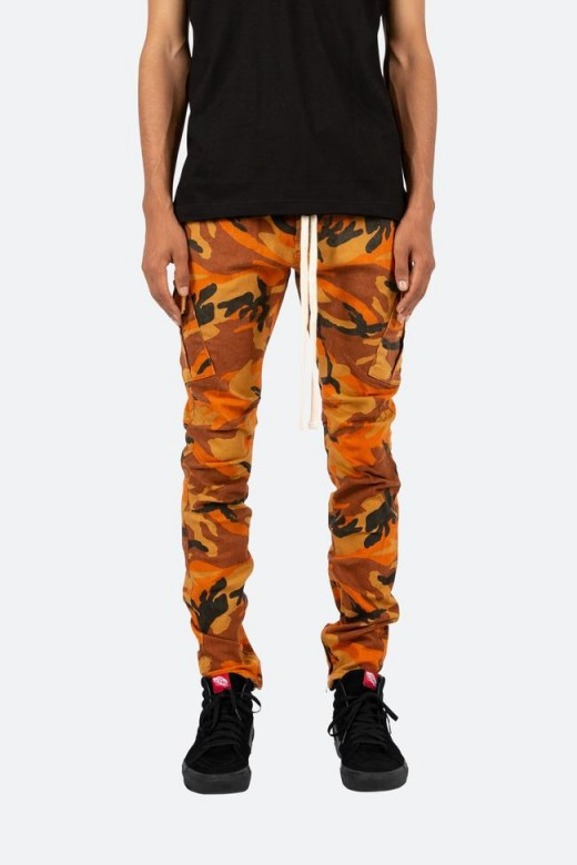 I love MNML, but skinny camo pants just don't look right.