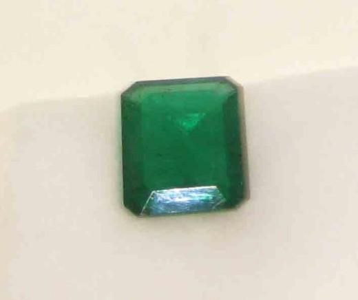 Emerald octagon, average quality