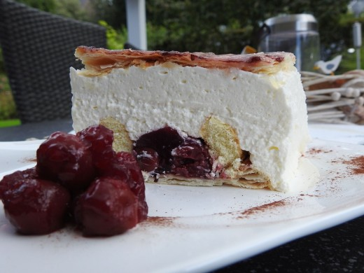 Dutch cherry cream pie cake