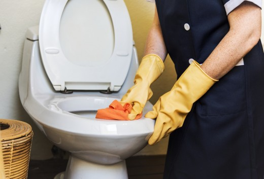 Learn proper bathroom etiquette to keep the space clean and make the janitors' jobs easier.