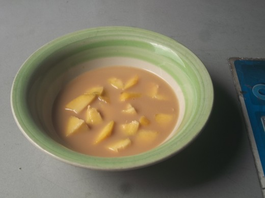 Semi-ripe mangoes can be eaten with canned sardines and peanuts to control diabetes mellitus