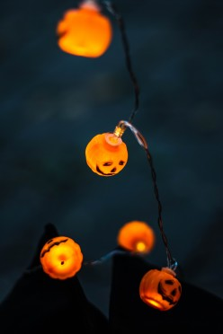 Easy DIY Ideas to Decorate Your Home on Halloween