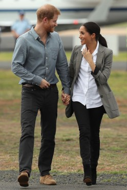 Meghan Markle Wore Jeans on Royal Tour;  Company Made a Big Profit