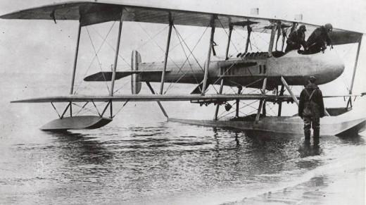Gallaudet D-4 Seaplane 1918.jpg