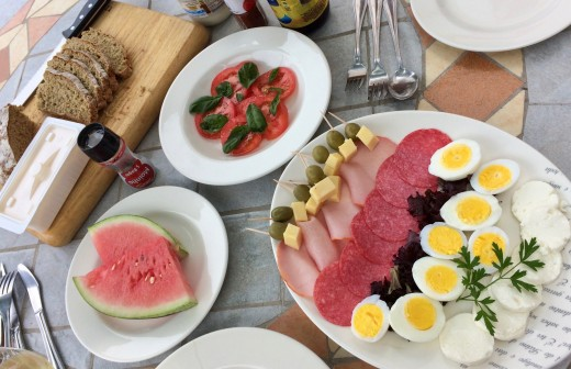 Simple Family Brunch