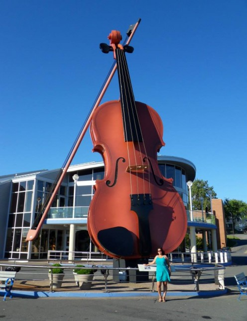 Largest Fiddle in the World