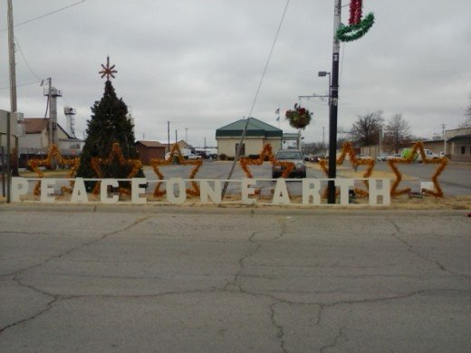2014 Christmas Display at the entrance of Downtown, Installed by Karla Holt and Eric Standridge