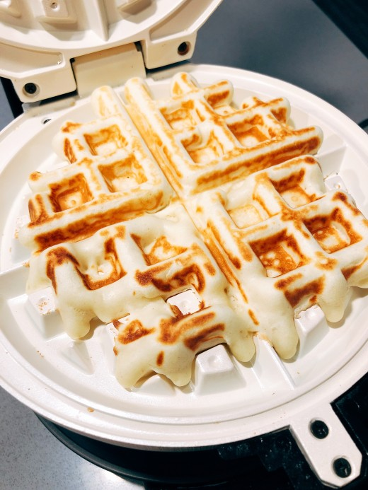 After a few minutes, the waffle should be done.