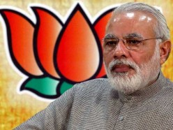 How Narendra Modi Seemed to Muff His Big Chance yet he Created History