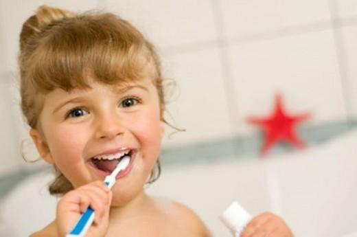 dental care, brushing teeth