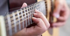 Essential Guitar Playing Techniques to Amaze Your Audience