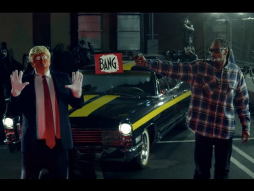 Snoop Dogg depicts the murder of the 45th President of the United States.