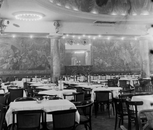 The Shakespeare Paintings in the 1930's in Britannia Hotel