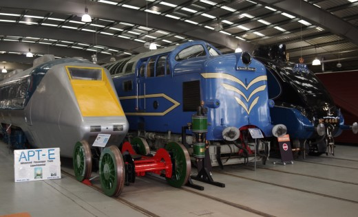 Three generations of speed in the main hall at 'Locomotion' - right to left, A4 Pacific 'Mallard', Deltic prototype and the High Speed  Express (HSE) tilting power unit. There were problems in service so the trains never went into mass production