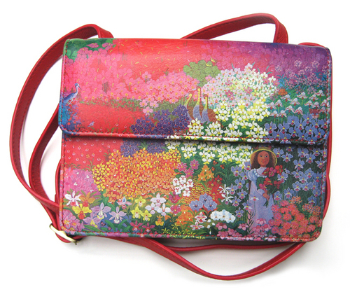 There's nothing like an elegant and beautiful wallet bag