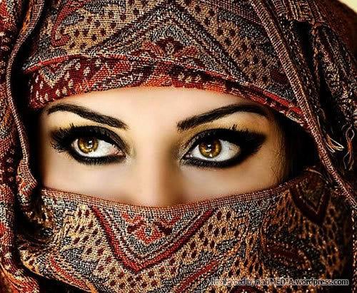 Saudi woman.