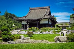 Asian Influenced Gardening: Let Nature Lead You