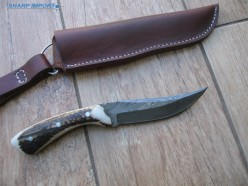 5 Widely Practiced Uses of Hunting Knives