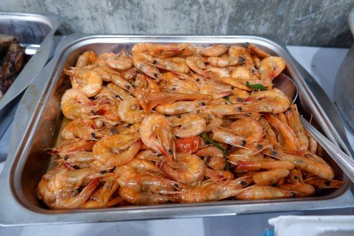 Ah shrimps overload! The sizes are quite small compared to other countries, I guess. But hey, it's still delicious.