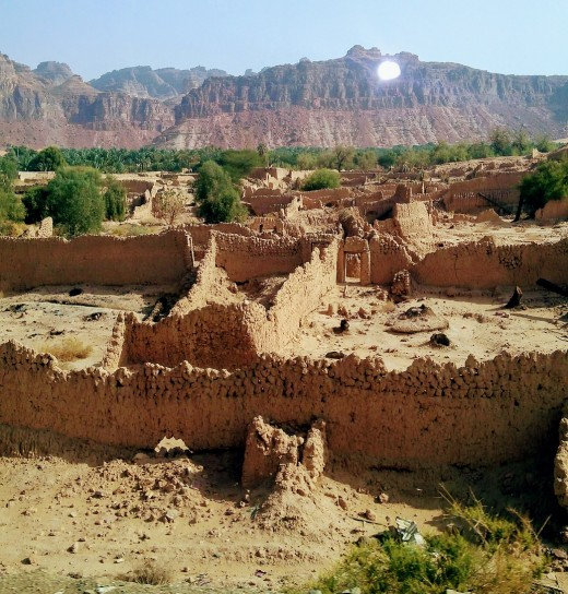 The ancient walled city of Al Ula, and its territories, is a promising tourist destination.