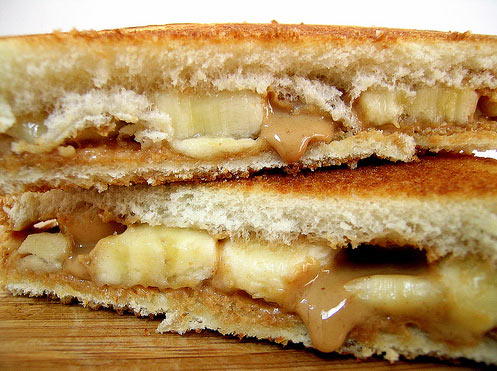 Here is the favorite sandwich of the King Elvis Presley. And in case you don't know its fried peanut butter and banana sandwiches.