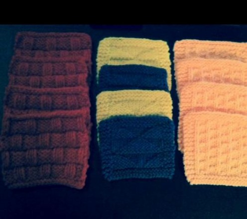 Make something useful as a gift for someone else like one of these knitted coaster sets!