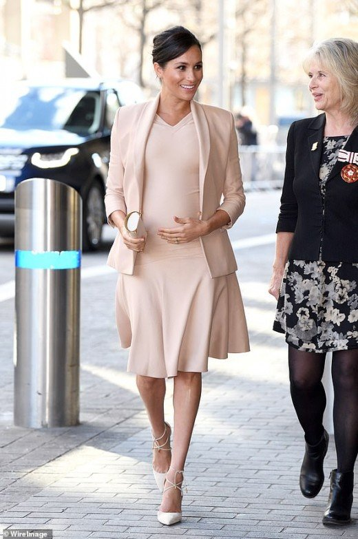 On January 30, Meghan Markle wore a nude ensemble that cost $6,123 on her first official National Theatre visit.