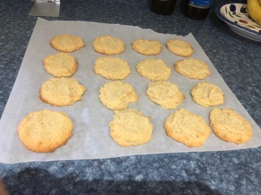 Keto Vanilla Shortbread Cookies made with almond flour, butter, swerve sweetener and simple ingredients
